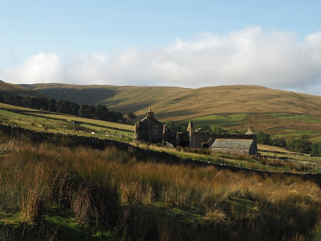 Hooksey from a ruined farmhouse in Weasdale