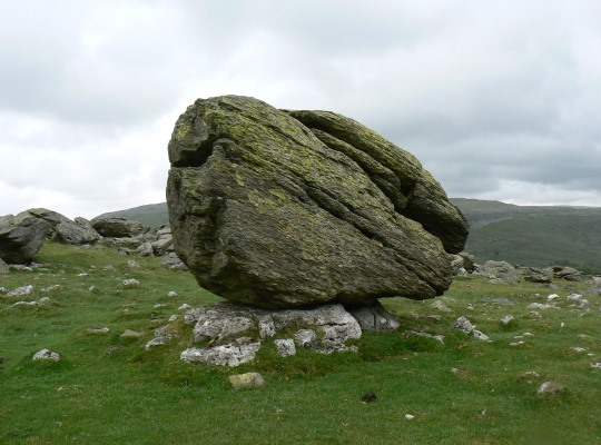 A classic example of a Norber Erratic