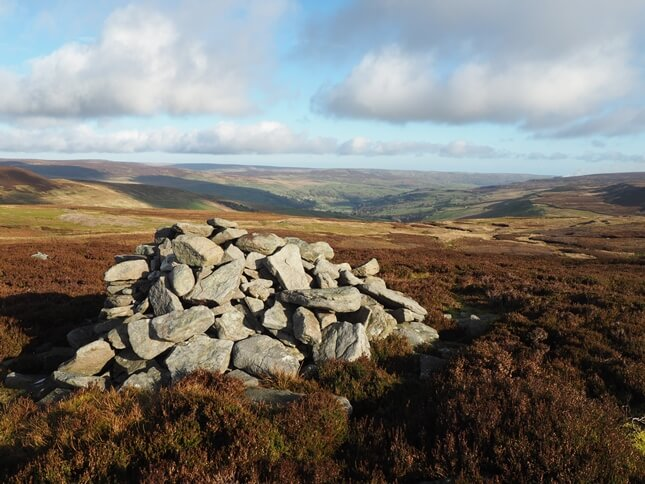 The view of Swaledale from Tarn Currack