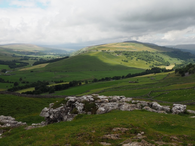 The southern end of the Birks Fell ridge which divides Littondale and Wharfedale