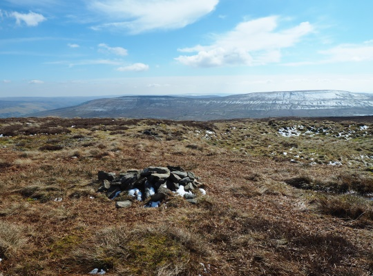 The small pile of stones on the top of Plover Hill