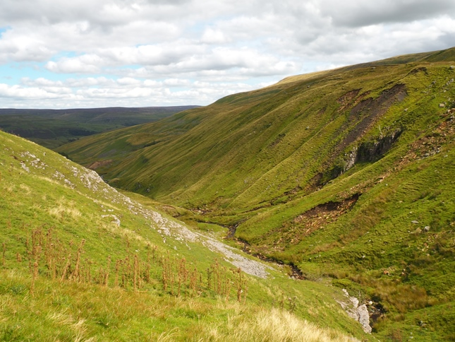 The steep flanks of Lovely Seat above the valley of Cliff Beck