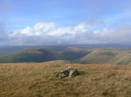 The cairn on Fell Head End
