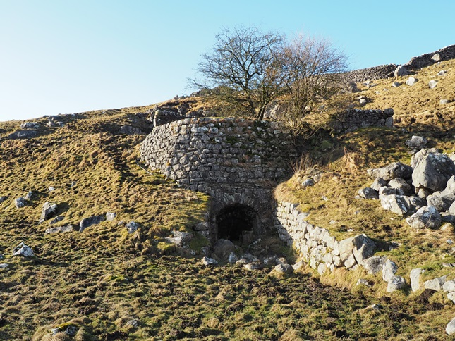The limekiln near Height Laithe