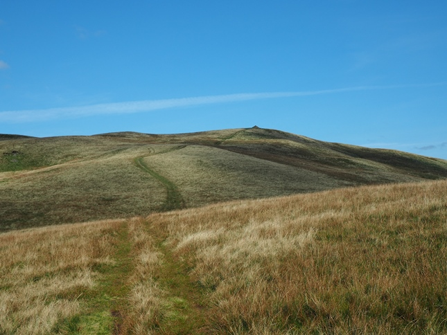 Looking towards the summit of Castle Knott from the path leading to and from Barbon Fell