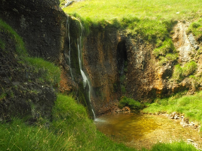 A close up of Cote Gill Fall