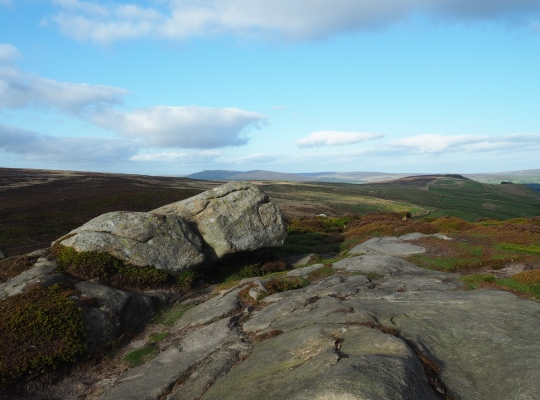 The top of Embsay Crag looking east towards Halton Height and Simon's Seat