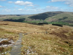 The bridleway descending to Buckden