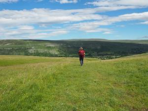 Back on the bridleway to Arncliffe Cote