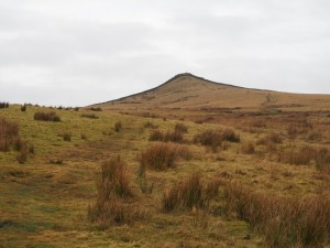 Approaching Sharp Haw, the summit of Flasby Fell