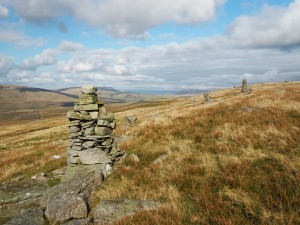 The cairns on Pikes Edge