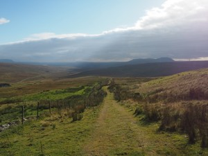 Descending the Pennine Bridleway