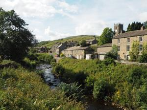 Straw Beck and Muker