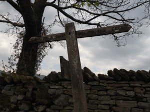 Signpost 'To The Fell'