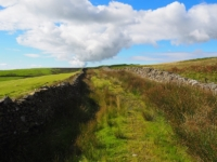 The enclosed bridleway above Middle Fell House