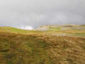 The path leading towards Tow Scar
