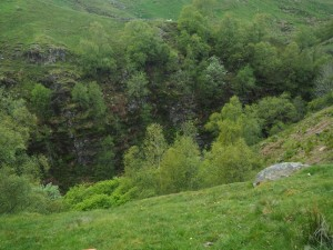 Looking down into the gorge of How Edge