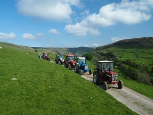 Meeting the tractor rally