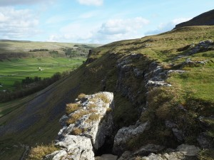 The Slit, the key to descending Gate Cote Scar