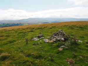 The cairn on Great Ewe Fell