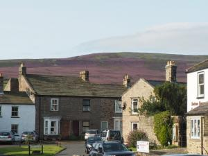 High Harker Hill from Reeth