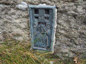 The Ordnance Survey flush bracket on the bridge