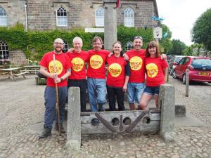 The team ready to set off from the stocks in Ripley