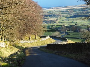 The steep road back to Askrigg