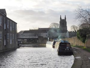 The Leeds - Liverpool Canal in Skipton