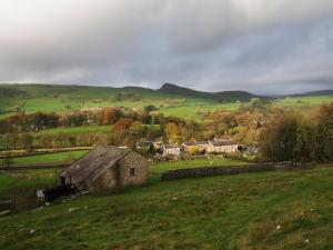 Looking back at Stainforth and Smearsett Scar
