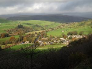 Looking back down to Stainforth