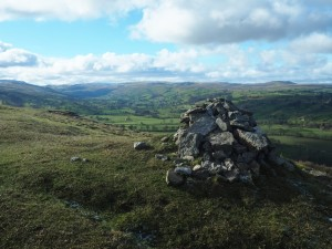 The cairn on top of Morpeth Scar