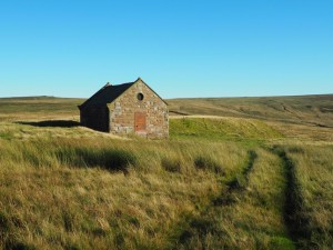 The small building on the way to High Crag